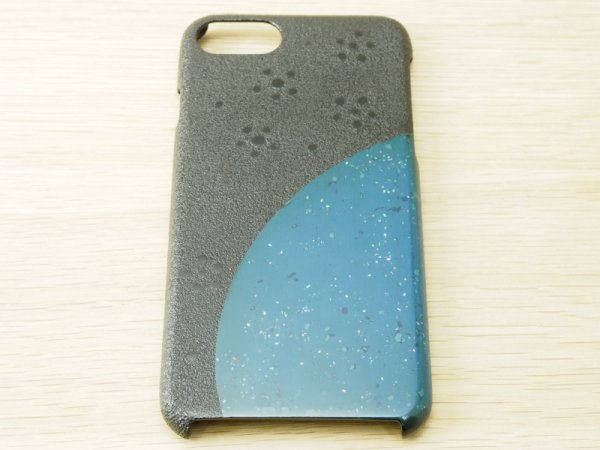画像2: 紋紗塗と唐塗  iPhone 7、iPhone 8 用ケース 青微塵貝入り